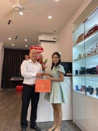 1-cong-trinh-noi-that-da-thi-cong-sgd.vn-mainguyen-cosmetics-shop